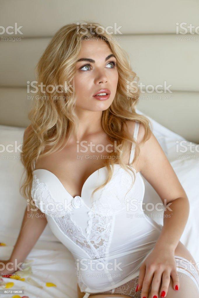Erotische Mädchen pics Großes Beute Mädchen auf Schwanz gezwerkt