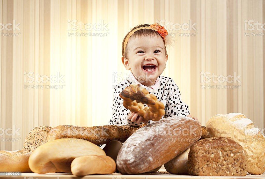 여자아이 웃음소리 및 식사 royalty-free 스톡 사진