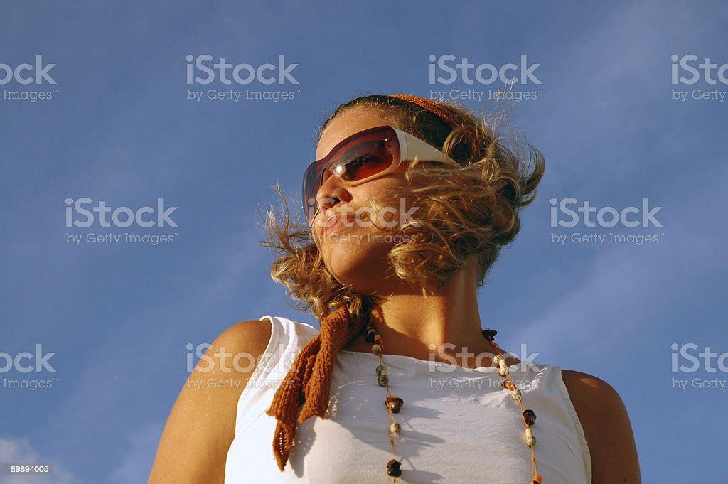 Mädchen Blick in die Zukunft Lizenzfreies stock-foto