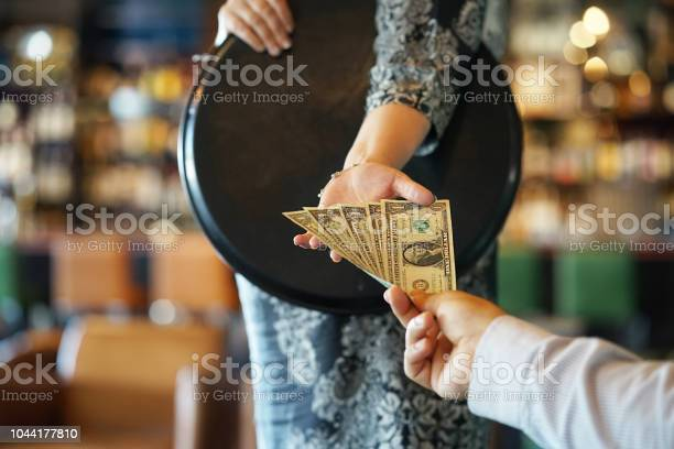 Girl of the waitress gets a tip picture id1044177810?b=1&k=6&m=1044177810&s=612x612&h=u9muscu8ufhfnemdl kio48rtyskcaxd4 nmxw8hwas=