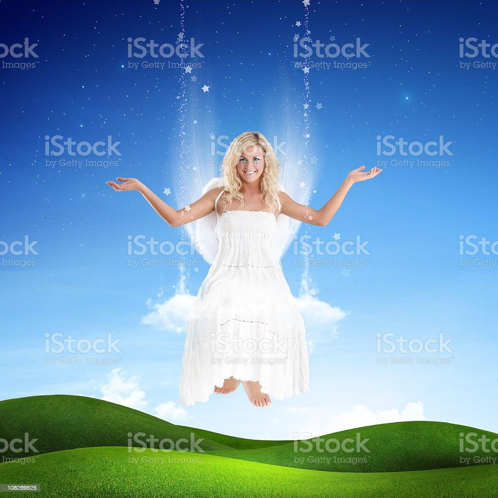 Mädchen auf einer Schaukel der stars – Foto