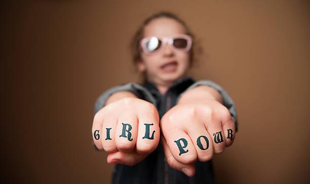girl power faust tätowierungen - lausbub tattoo stock-fotos und bilder