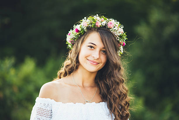 girl summer portrait - hippie stirnbänder stock-fotos und bilder