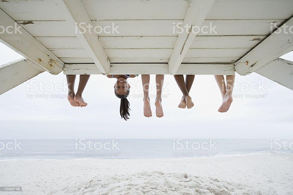 Mädchen auf den Kopf gestellt - Lizenzfrei Allgemein beschreibende Begriffe Stock-Foto