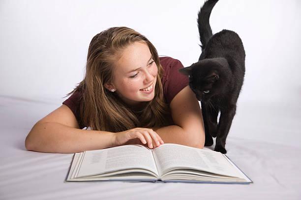 Girl with cat picture id176124671?b=1&k=6&m=176124671&s=612x612&w=0&h=okrbxahrtw6bnv6jluhuxekw s6zydz90cl3wj ou w=