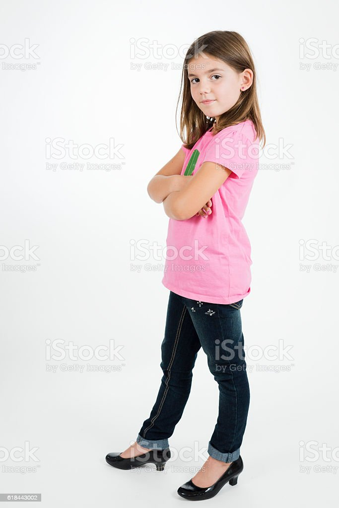 girl with crossed arms whole body 1人のストックフォトや画像を多数