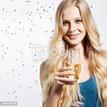 Девушки с бокалом шампанского картинки