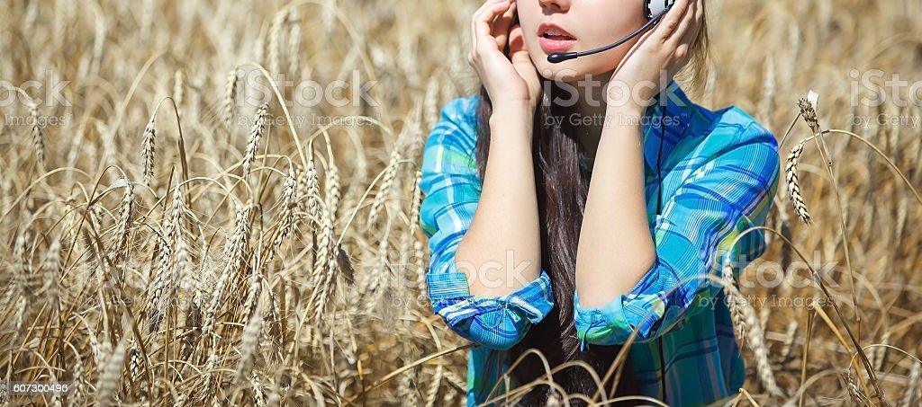 少女とヘッドフォン  ストックフォト