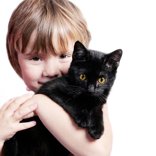 Girl with kitten picture id172265423?b=1&k=6&m=172265423&s=612x612&w=0&h=kldftmwhaw87oo2uaupoee3eggelkuf6frw3bdgfqza=