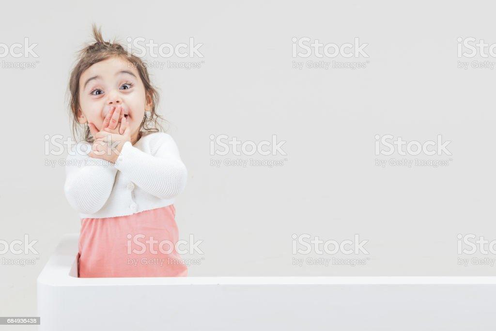Mädchen mit schockierenden Geste Lizenzfreies stock-foto
