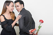istock Girlfriend and boyfriend on Valentine's day 547440102