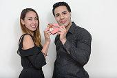 istock Girlfriend and boyfriend on Valentine's day 547440360