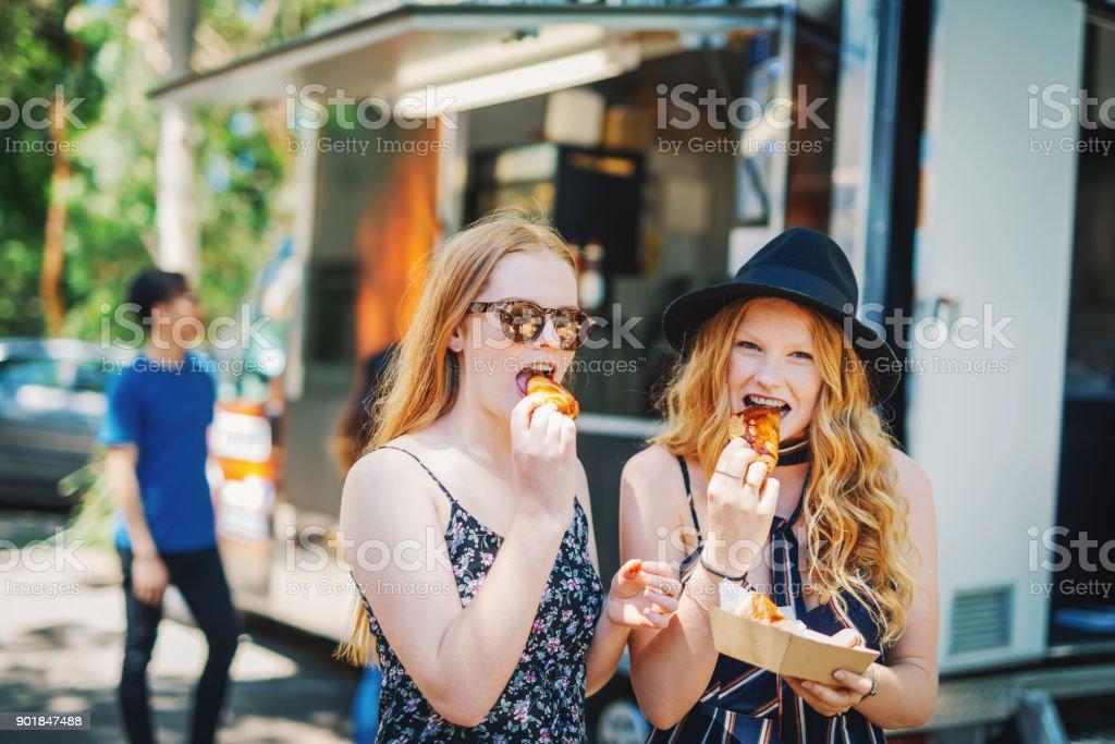 Freundinnen aus Essen van Essen – Foto