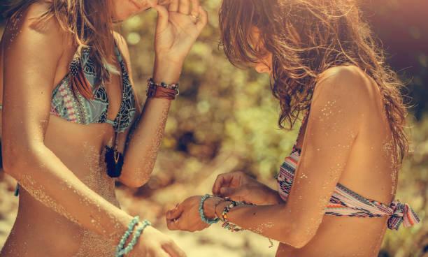 Freundinnen am Strand – Foto