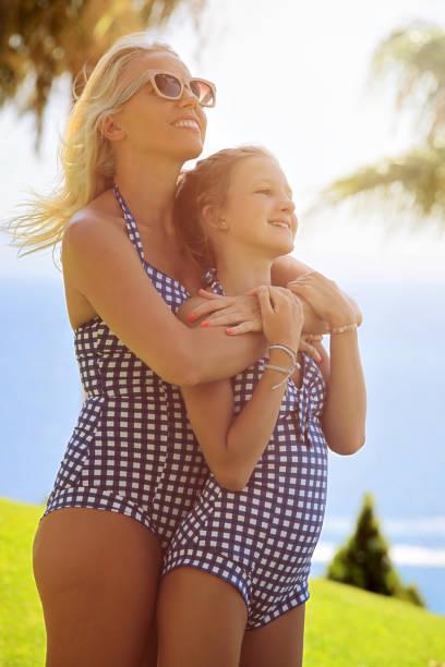 Mädchen im Urlaub – Foto