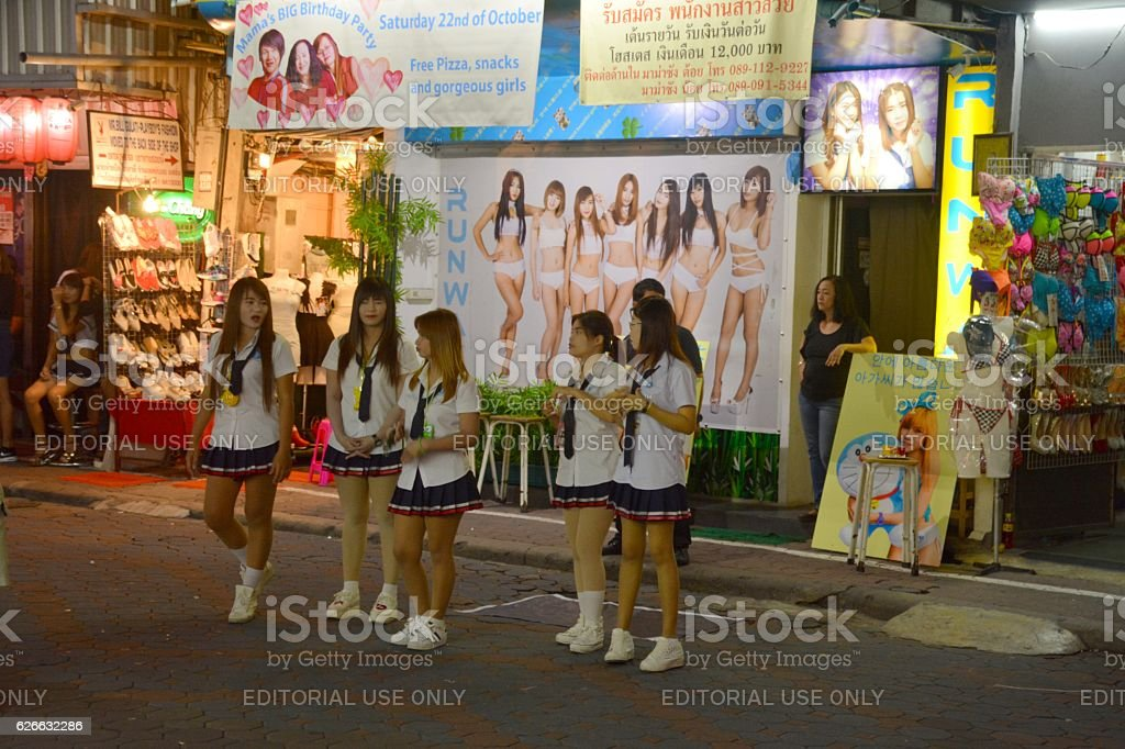 Pattaya walking street girls download pattaya walking street girls