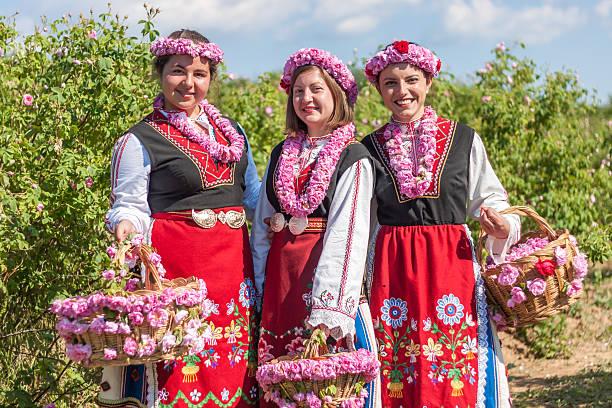 Girls posing during the rose picking festival in bulgaria picture id478878612?b=1&k=6&m=478878612&s=612x612&w=0&h=gaangjlxm9a6gi4rzfbggtlhe5j uhsd4cbvsnlb2t4=