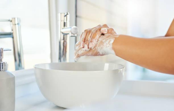 give germs a zero chance - lavarsi le mani foto e immagini stock