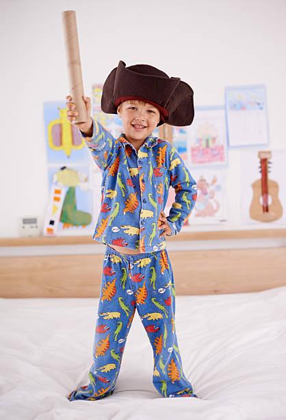 mir ihren schatz! - piratenzimmer themen stock-fotos und bilder