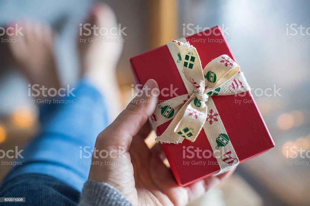 Dając prezent zbiór zdjęć royalty-free