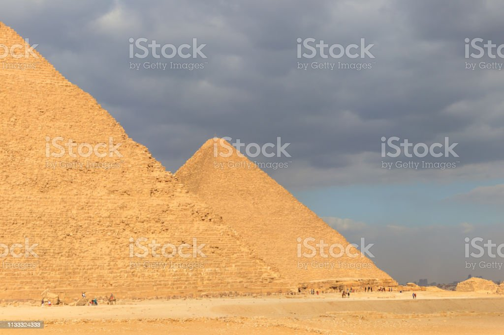 ギザ ピラミッド