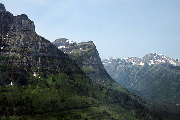 glacier national park in montana, usa - st. mary lake stock pictures, royalty-free photos & images