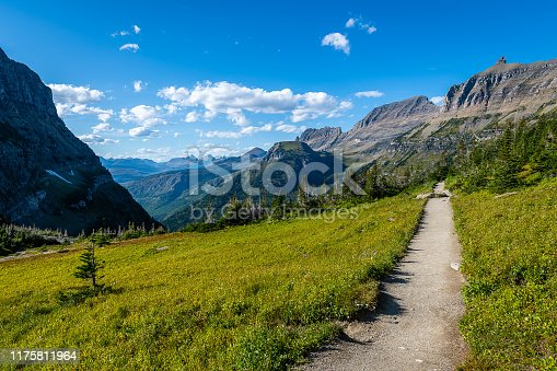 The overlooks and vistas along the Going-to-the-Sun Road in Glacier National Park