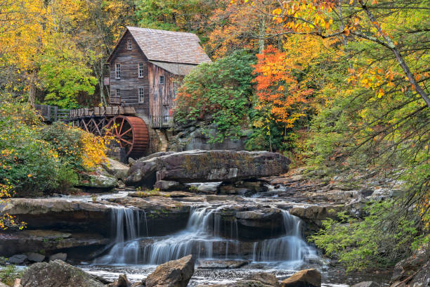 Glade Creek Grist Mill In West Virginia Glade Creek Grist Mill At Babcock State Park In West Virginia babcock state park stock pictures, royalty-free photos & images