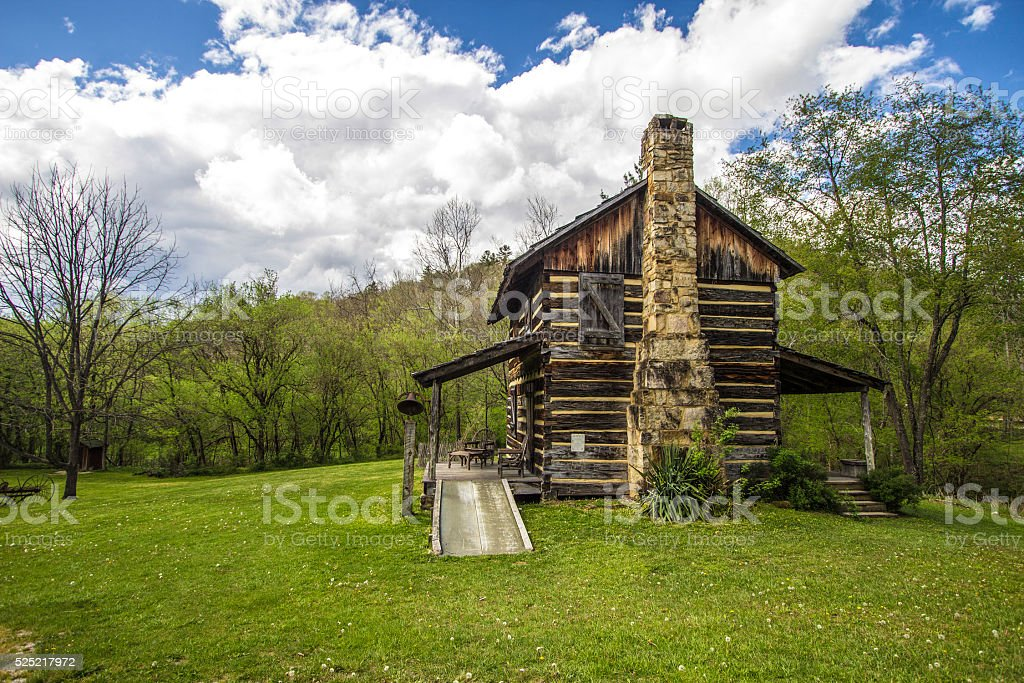 Gladie histórico cabine da Floresta Nacional Daniel Boone - foto de acervo