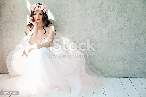 istock Glamorous Woman Fashion Model with Makeup and Long Hair, Girl in Pink Dress on Gray Banner Background 902712420