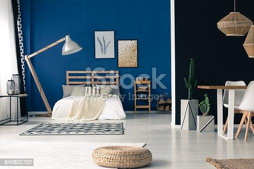 istock Glamour blue open bedroom 840802702