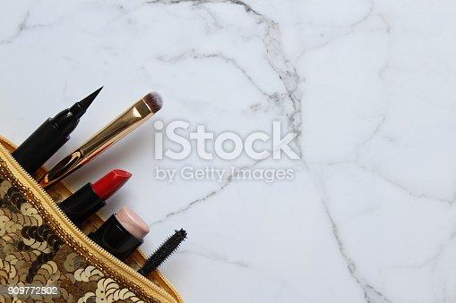 istock Glamour 909772802
