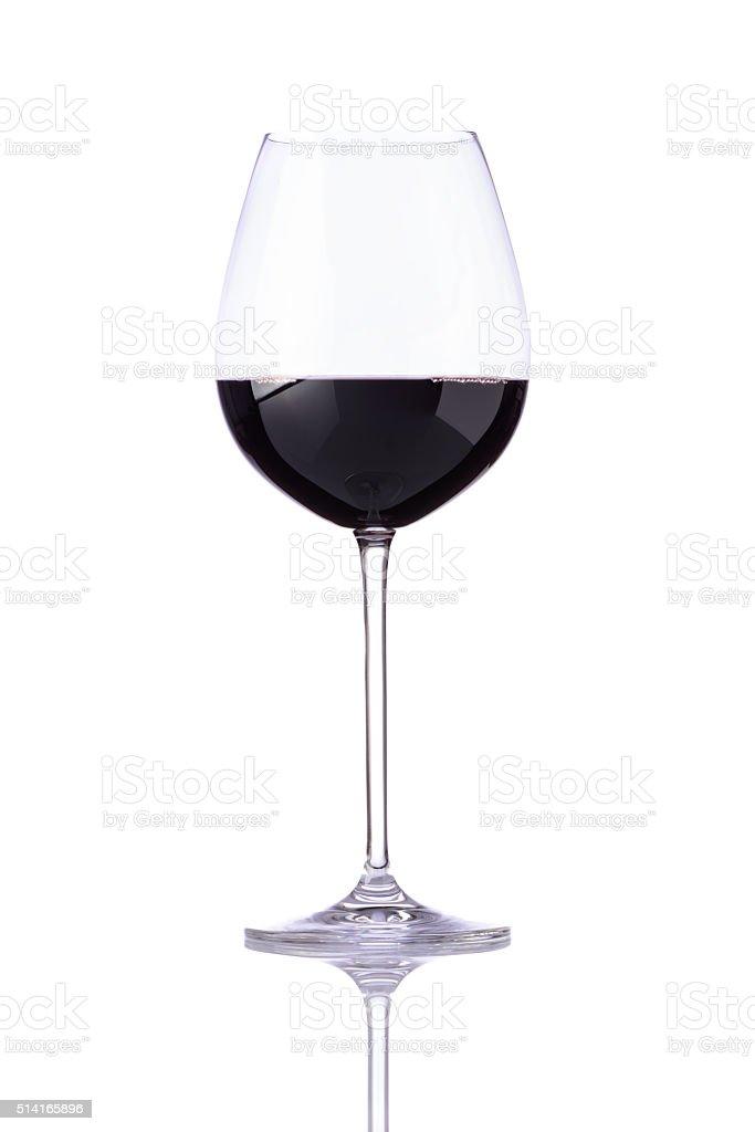 Bicchiere Di Vino Rosso Scuro Su Sfondo Bianco Fotografie Stock E