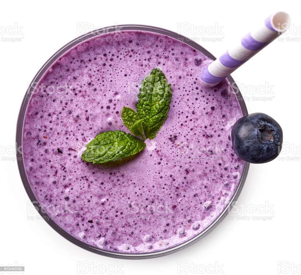 Glass of blueberry milkshake or cocktail – Foto