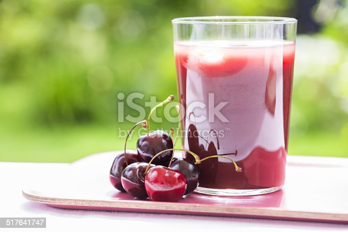red smoothie berries tray