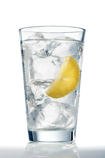 ガラスの水氷 ストックフォト