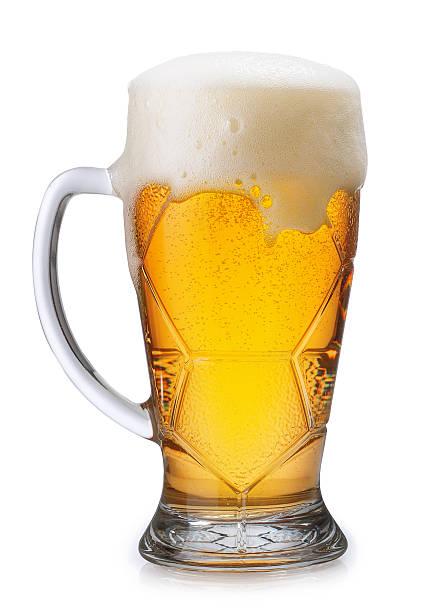 Glas helle Bier, isoliert auf weiss – Foto