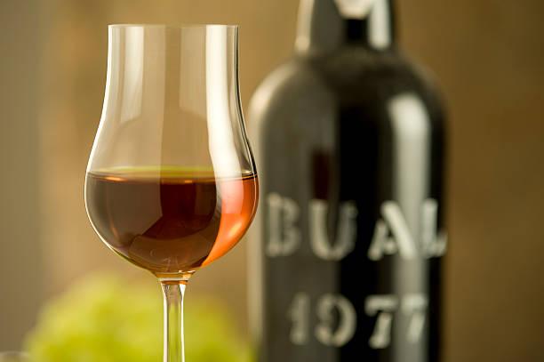 Glas Madeira Wein aus dem Jahr 1977 – Foto