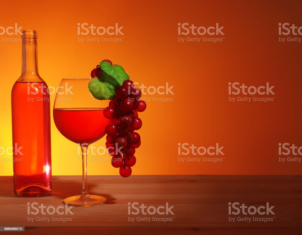 Glass of Red Wine foto de stock libre de derechos