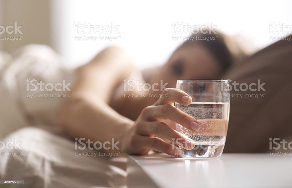 Glass of water - Royalty-free Alleen volwassenen Stockfoto