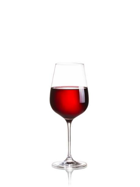 Copa de vino aislada sobre fondo blanco - foto de stock