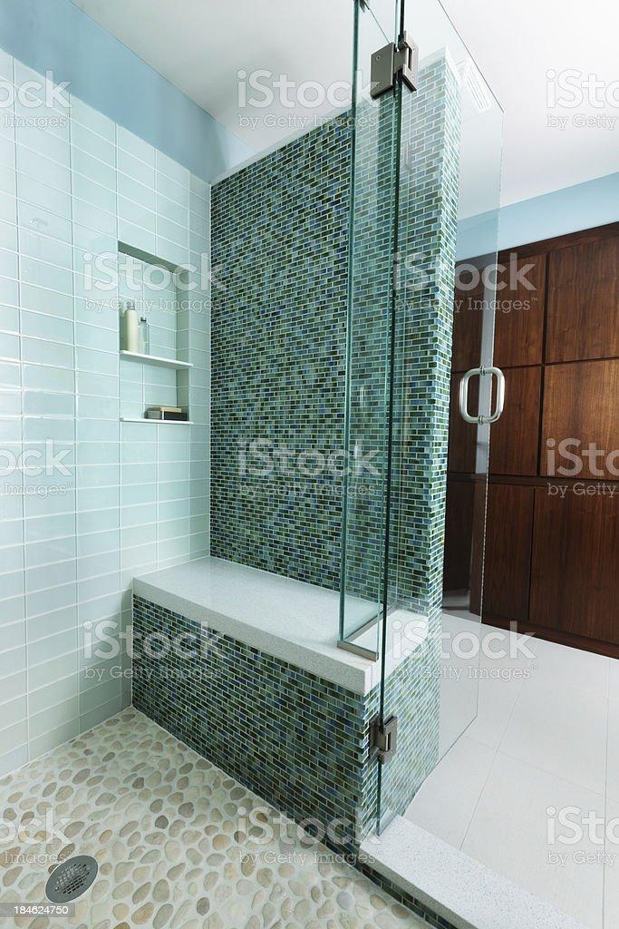 Glas Geflieste Dusche Interieur Des Modernen Wohnung Design Im ...