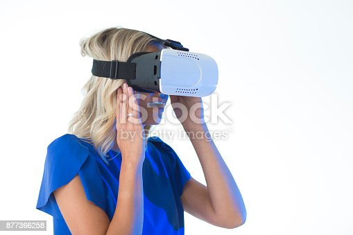 609822310istockphoto 3D glasses headset 877366258