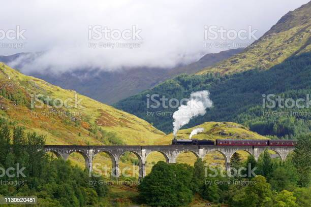Glenfinnan viaduct and the jacobite steam train picture id1130520481?b=1&k=6&m=1130520481&s=612x612&h=yatsjer wqz 3s pbeagavsxgixjtzlwcwgrph4zpgm=