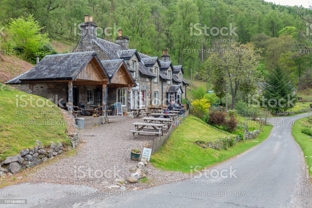 Glenlyon Post Office with restaurant and tearoom in Scottish Highlands stock photo