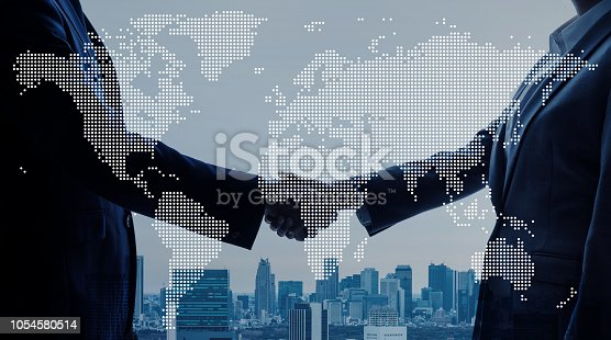 811259350istockphoto Global business concept. 1054580514