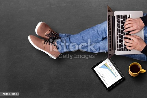istock Global business growth graph analyzing with laptop 508901890