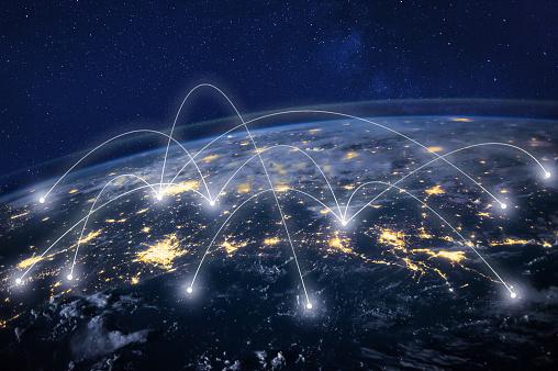 Global Network Around Earth Information Technology Concept - Fotografie stock e altre immagini di Affari