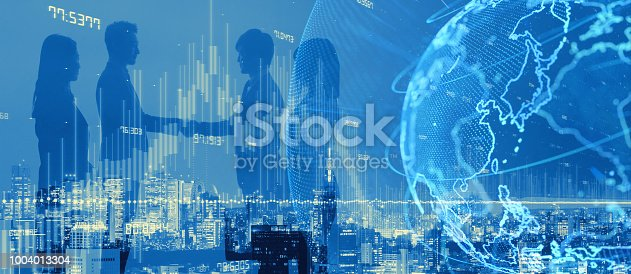 istock Global netwrok concept. Business partnership. 1004013304