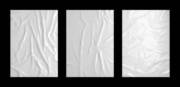 ensemble de modèle d'affiche de pâte froissée blanc brillant. maquette de papier ou de tissu collé isolé. - affiche photos et images de collection